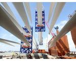 Loading wind turbine blades for USA